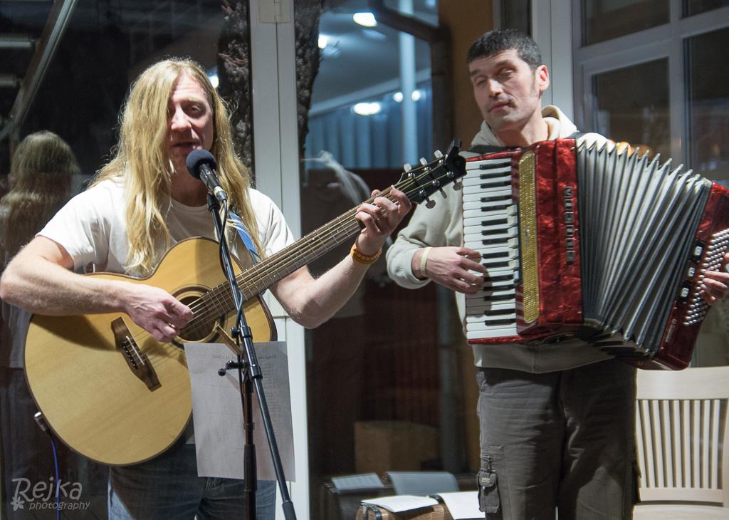 Jirka Řehulka a Petr Antonín Kafka v restauraci Park Café v Riegrových sadech v Praze, foto Rejka Balcarová.